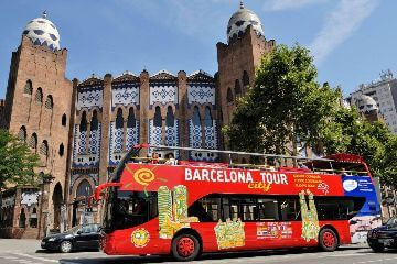 Barcelona City Tour: Hop-on Hop-off Bus Tour