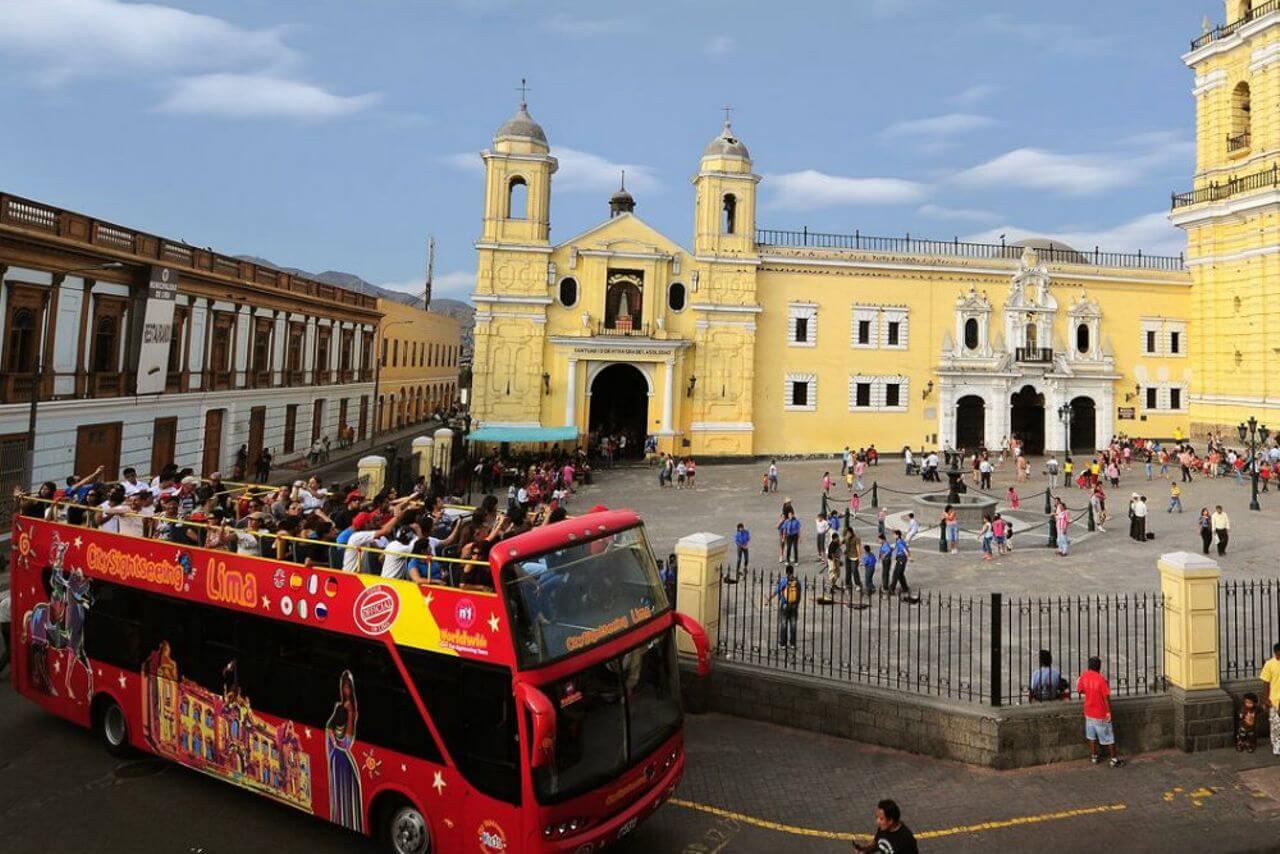 Lima Panoramic Bus Tour