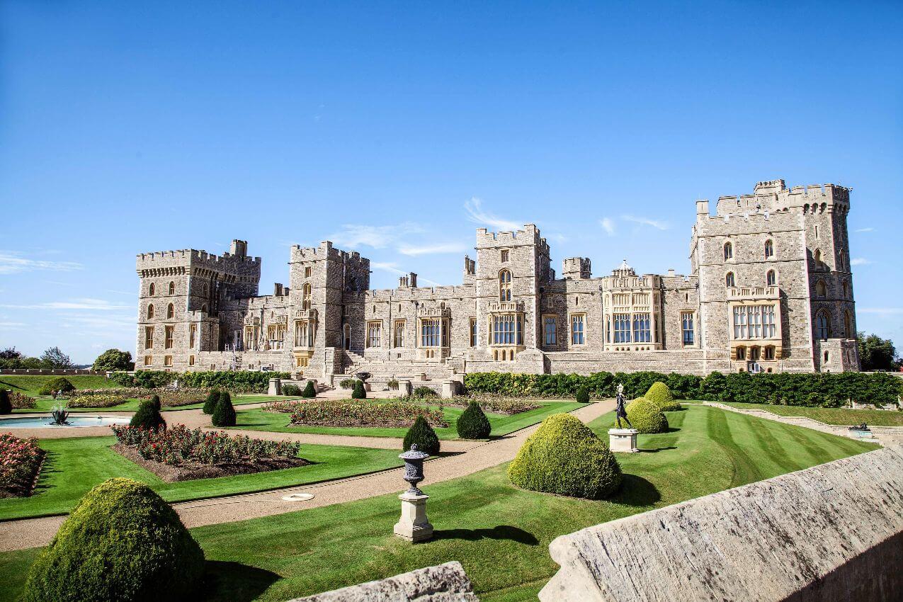 Windsor Castle and Buckingham Palace
