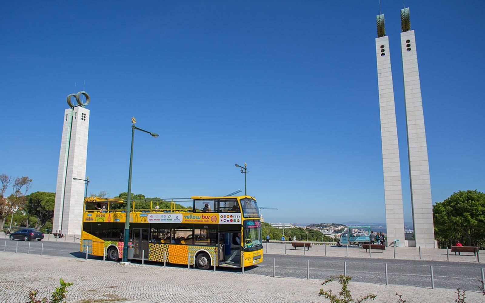 Lisbon Yellow Bus Tour